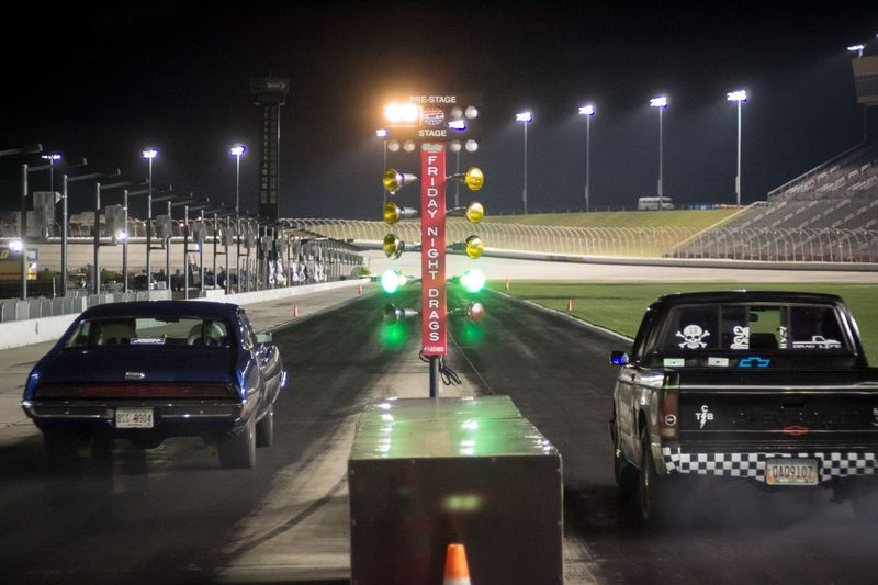O 39 Reilly Auto Parts Friday Night Drags Events Atlanta