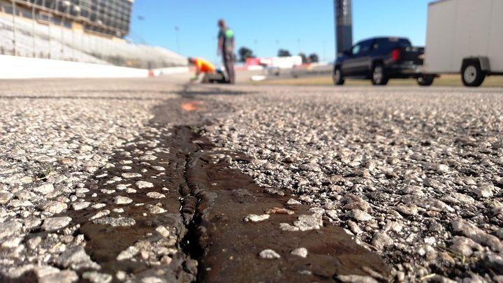 Ams track maintenance rejuvenates repave debate news for Atlanta motor speedway fair 2017