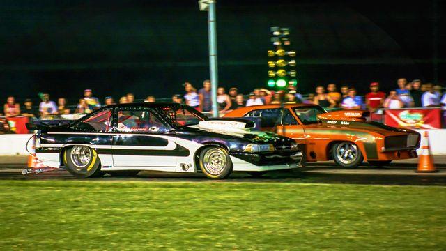 Drag racing on friday nights video gallery media for Atlanta motor speedway hotels
